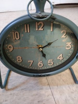 Antique clock for Sale in Revere, MA