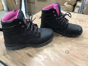 ONLY WORN TWICE BRAHMA STEEL TOE WORK BOOTS (WOMENS) for Sale in District Heights, MD