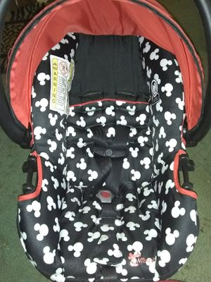 Mickey infant car seat for Sale in Lakeland, FL
