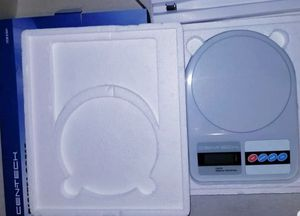 NEW Cen-Tech Digital Scale Digital Scale 11 lbs. w/ LCD Display for Sale in Manchester, PA