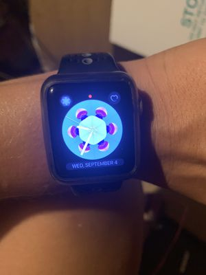Rose gold iwatch series 3 cellular & gps for Sale in Prattville, AL