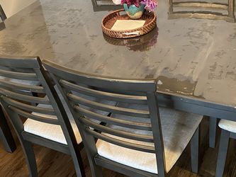 Dining Table Set for Sale in Chula Vista,  CA