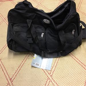 ROLLING DUFFLE BAG for Sale in Anaheim, CA