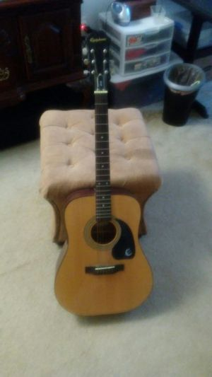 Great condition Epiphone acoustic guitar for Sale in Halethorpe, MD