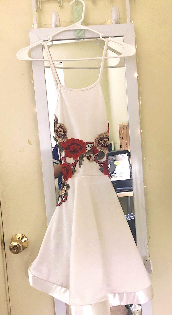 Dress, shoes, skirt