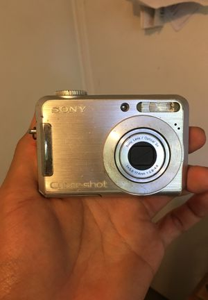 SONY CYBERSHOT Handheld Camera for Sale in Bakersfield, CA