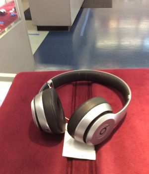 Beats wireless solo headphones fcp2216 for Sale in Houston, TX