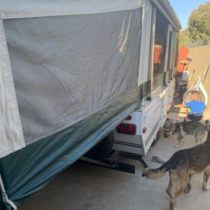 2007 Fleetwood pop up trailer for Sale in Stockton, CA