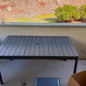 Living Spaces Exterior Dining Table for Sale in San Diego, CA
