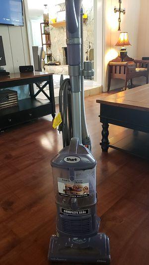 Shark navigator vacuum for Sale in Zephyrhills, FL