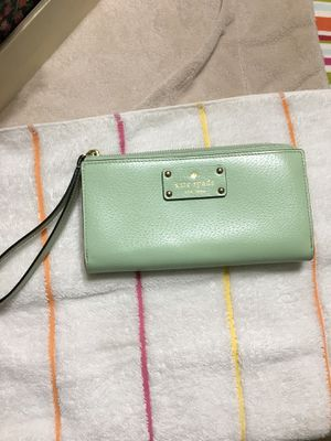 Kate Spade large wristlet for Sale in Alexandria, VA
