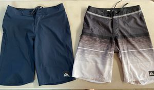 Quiksilver Board shorts Boys Youth Size 29 for Sale in Corona, CA