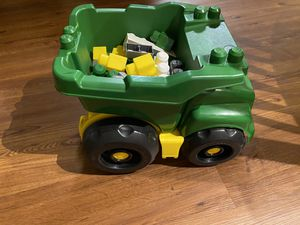 John Deere blocks and tractor for Sale in Grand Prairie, TX