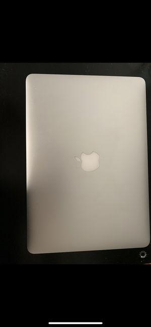 2017 MacBook Air cracked screen for Sale in Laguna Hills, CA