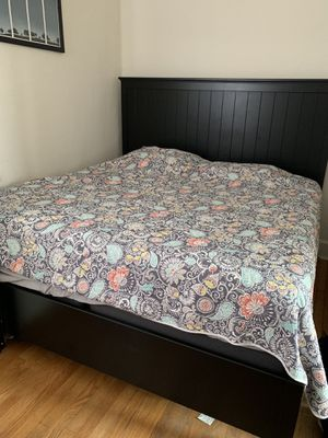 Bedroom Set: King-sized Mattress, Box Spring, and Headboard/Bed frame for Sale in Chicago, IL