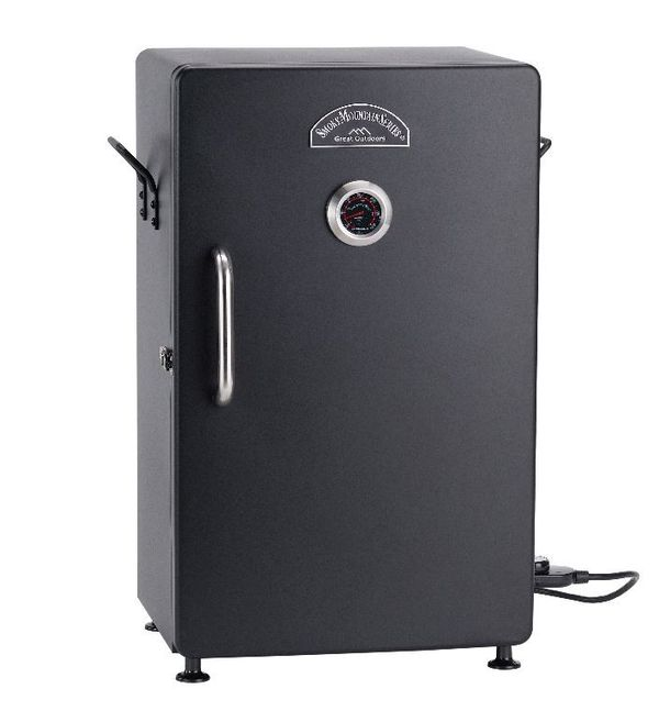 Electronic BBQ Smoker Barbecue Grill Wood New in Box