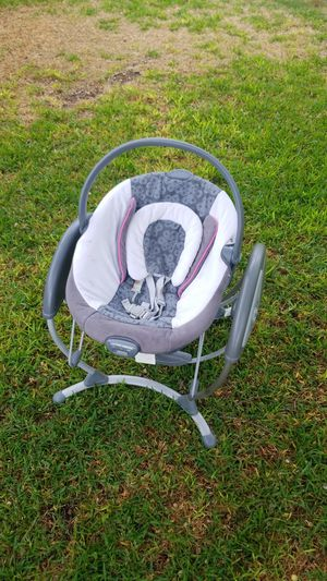 Greco baby swing for Sale in Euless, TX