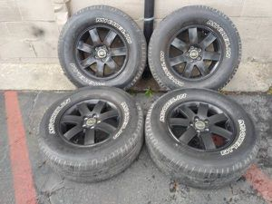 Black 16 inch alloy rims 5 on 4.5 inches. Ford Ranger, explorer, more. for Sale in Montebello, CA