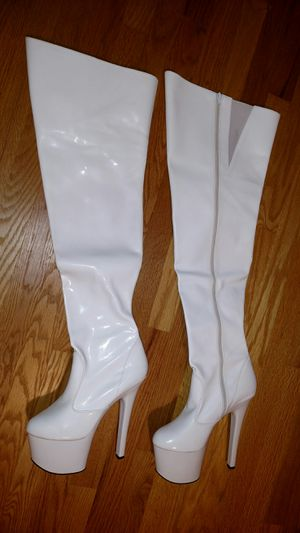 Pleaser White Faux patent thigh high boots for Sale in Arlington Heights, IL