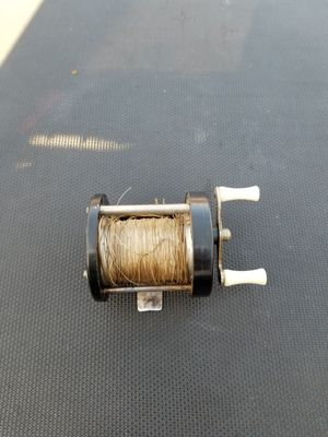 Antique fishing reel for Sale in Simi Valley, CA