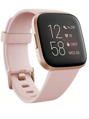 FITBIT VERSA 2 -LIKE NEW- EVERYTHING INCLUDED Retail is $198! Price is firm. for Sale in Houston, TX