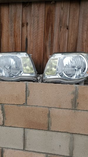 Head lights lens for Sale in Los Angeles, CA