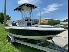 20 ft hydra sport bay bolt for Sale in Fort Lauderdale, FL