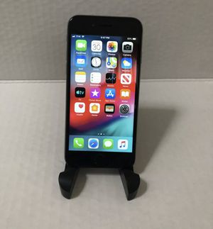iPhone 6 32GB tracfone / straight talk for Sale in Lacey, WA