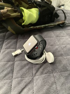 Apple Watch Series 3 42mm (GPS+Cellular) Space Gray for Sale in Pompano Beach, FL