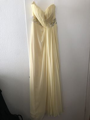 Soft yellow dress for Sale in Redondo Beach, CA