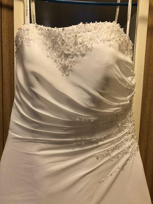 Brand new Chiffon wedding dress size 4 for Sale in Federal Way, WA