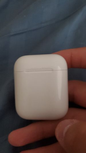 Apple airpods (Real) for Sale in Vancouver, WA