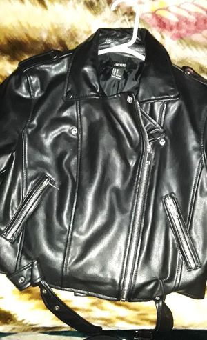 Women's leather jacket from forever 21 size medium brand new for Sale in Los Angeles, CA