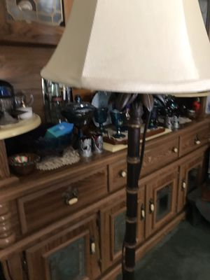 Floor lamp for Sale in Warsaw, OH