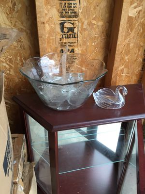 Mahogany lighted Curio for Sale in Columbus, OH