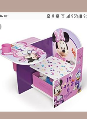 Kids minnie desk for Sale in Revere, MA