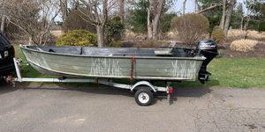 Aluminum Fishing boat ***new motor*** for Sale in Cheshire, CT