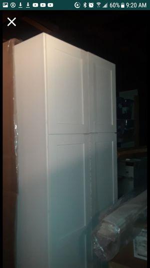 Diamond Kitchen Cabinet for Sale in El Monte, CA
