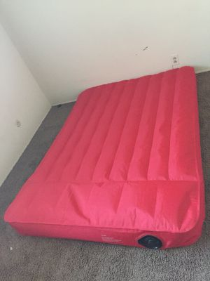 air mattress with built in pump for Sale in Los Angeles, CA