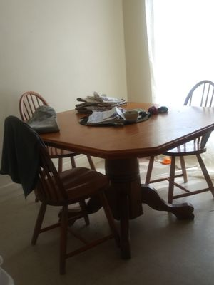 Kitchen set with 4 chairs for Sale in Tulsa, OK