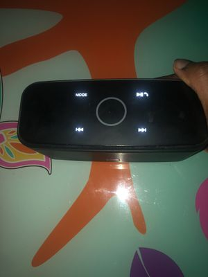 Doss Speaker Box for Sale in Miami Gardens, FL