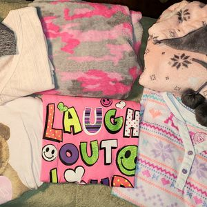 Lot of Christmas Pajamas Girls sz 14 -- 3 warm Nightgowns + Fuzzy pants set w/short & lg slv shirts. for Sale in Las Vegas, NV
