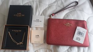 Coach wristlet & necklace NEW for Sale in Moreno Valley, CA