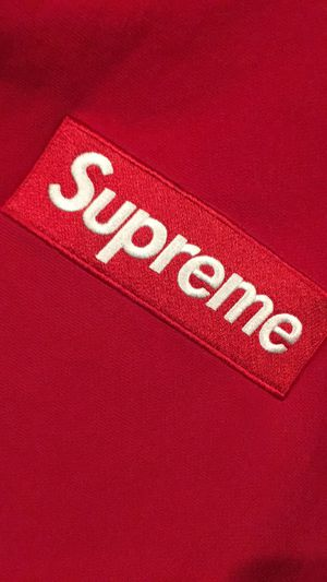Supreme box logo sz large cash only tn steal for Sale in Saint Clair Shores, MI