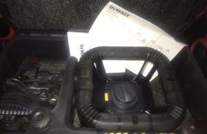 Dewalt laser 3r for Sale in Houston, TX