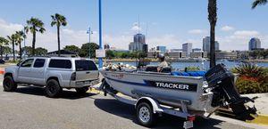 93 Tracker Magna 17 fish V Hull Aluminum Boat for Sale in Long Beach, CA