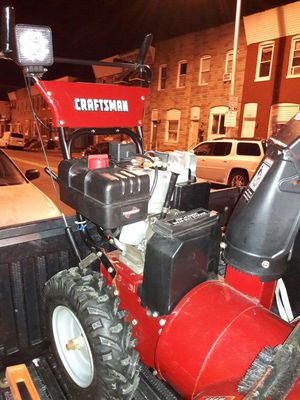 """Craftsman snow blower 9hp, 29"""", electric start Like new for Sale in Baltimore, MD"""