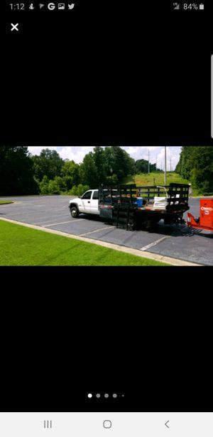 2001 chevy Silverado 3500hd for Sale in Kissimmee, FL