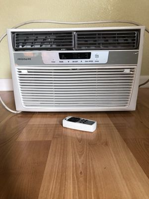 Frigidaire Window AC unit for Sale in Olympia, WA