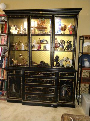 Antique hand painted Asian china cabinet for Sale in Pompano Beach, FL